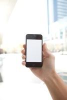 男性が手に持つスマートフォン 11031078328| 写真素材・ストックフォト・画像・イラスト素材|アマナイメージズ