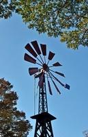 フランス領事館邸跡に再現された風車 11031078855| 写真素材・ストックフォト・画像・イラスト素材|アマナイメージズ