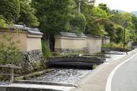 明神川と石橋