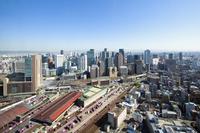 大阪駅前の都市風景