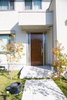 玄関 11032005355  写真素材・ストックフォト・画像・イラスト素材 アマナイメージズ