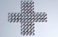 Pill cross' 11037010393| 写真素材・ストックフォト・画像・イラスト素材|アマナイメージズ