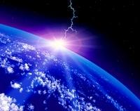 稲妻の落ちる地球