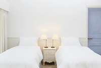 ホテルの客室 11038023544| 写真素材・ストックフォト・画像・イラスト素材|アマナイメージズ