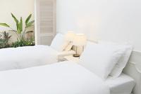 ホテルの客室 11038023552  写真素材・ストックフォト・画像・イラスト素材 アマナイメージズ