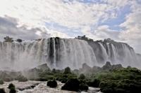 イグアスの滝 11069009205| 写真素材・ストックフォト・画像・イラスト素材|アマナイメージズ