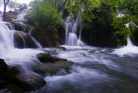 プリトヴィツェ湖群国立公園 11069010892| 写真素材・ストックフォト・画像・イラスト素材|アマナイメージズ