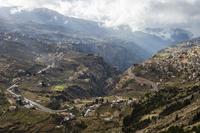 カディーシャ渓谷 11069013075| 写真素材・ストックフォト・画像・イラスト素材|アマナイメージズ