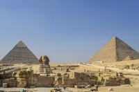 スフィンクスとピラミッド 11069013718  写真素材・ストックフォト・画像・イラスト素材 アマナイメージズ