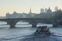 クルーズ、観光船、セーヌ川、パリ、フランス