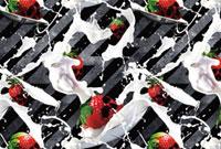 ドクロ型のイチゴとミルクのパターン