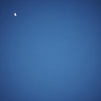 夜空と月 11070009912| 写真素材・ストックフォト・画像・イラスト素材|アマナイメージズ