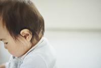 赤ちゃんの横顔