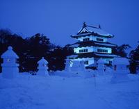 弘前雪灯篭祭り 11070023510  写真素材・ストックフォト・画像・イラスト素材 アマナイメージズ