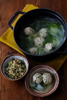 鶏だんご鍋と玄米の混ぜご飯