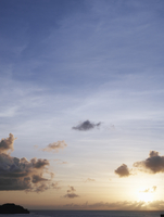 夕暮れの空 11070026318| 写真素材・ストックフォト・画像・イラスト素材|アマナイメージズ