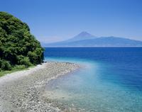 沼津市江梨からの駿河湾と富士山 11076000050| 写真素材・ストックフォト・画像・イラスト素材|アマナイメージズ