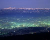 鉢伏山から見る北アルプスと松本平の夜景