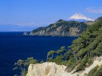 黄金崎より駿河湾と富士山