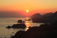 朝日の丹後松島と経ヶ岬