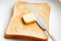 トーストとバター