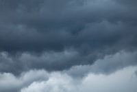 豪雨前の雨雲