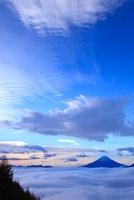 櫛形山林道より富士と雲海