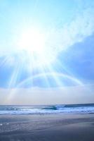 海と光芒、虹