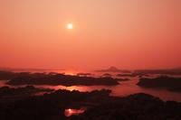 高舞登山展望台より望む天草松島の夕焼け