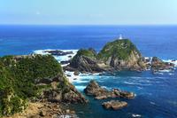 佐多岬 大輪島と佐多岬燈台
