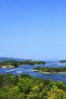 登茂山園地の桐垣展望台より望む英虞湾 真珠養殖場