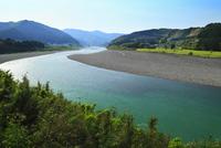 田長から望む熊野川