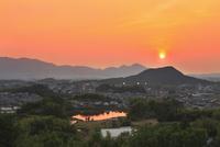 甘樫丘より畝傍山・二上山と夕日