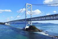 大鳴門橋 11076011073| 写真素材・ストックフォト・画像・イラスト素材|アマナイメージズ