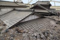 雲仙普賢岳の土石流で埋もれた家