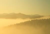 雲海と山並み