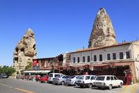 カッパドキヤ ギョレメの奇岩と街並み