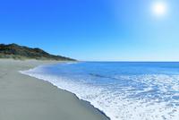 海と太陽 11076014864| 写真素材・ストックフォト・画像・イラスト素材|アマナイメージズ