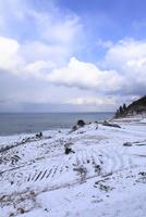 雪の白米千枚田 11076015063| 写真素材・ストックフォト・画像・イラスト素材|アマナイメージズ