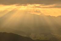 雲海と光芒