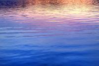 裏磐梯 檜原湖・夕焼けの水面