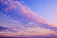 夕焼けの空 11076016998| 写真素材・ストックフォト・画像・イラスト素材|アマナイメージズ
