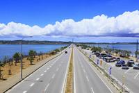 沖縄本島 海中道路と海
