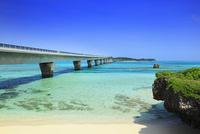 沖縄宮古島 池間大橋と海