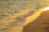 沖縄宮古島 与那覇前浜と夕焼けの海 11076019227| 写真素材・ストックフォト・画像・イラスト素材|アマナイメージズ