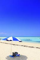 沖縄竹富島 コンドイビーチの海 11076019527| 写真素材・ストックフォト・画像・イラスト素材|アマナイメージズ