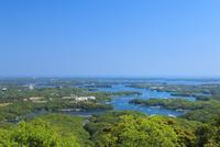 新緑の横山展望台から望む英虞湾