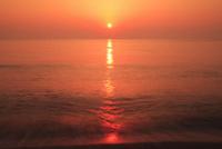 片野海岸 夕日と海