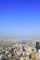 梅田スカイビル屋上から望む大阪市街と淀川