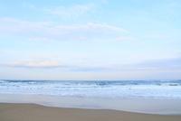 朝の日本海・片野海岸